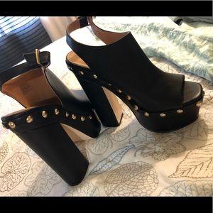 Ladies platform heels 👠🖤